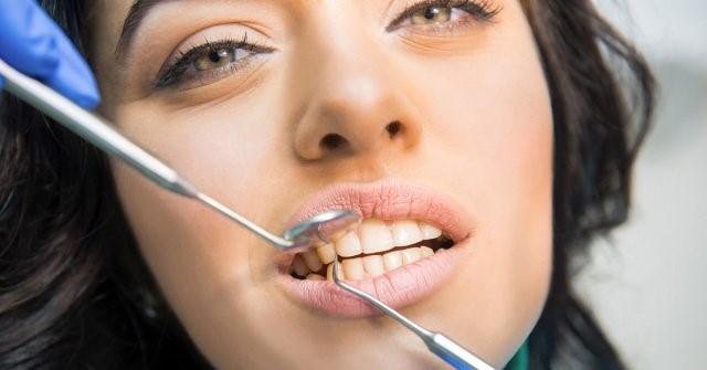 علت پس زدن ایمپلنت دندان