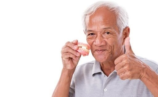 مراقبت از دندانهای مصنوعی